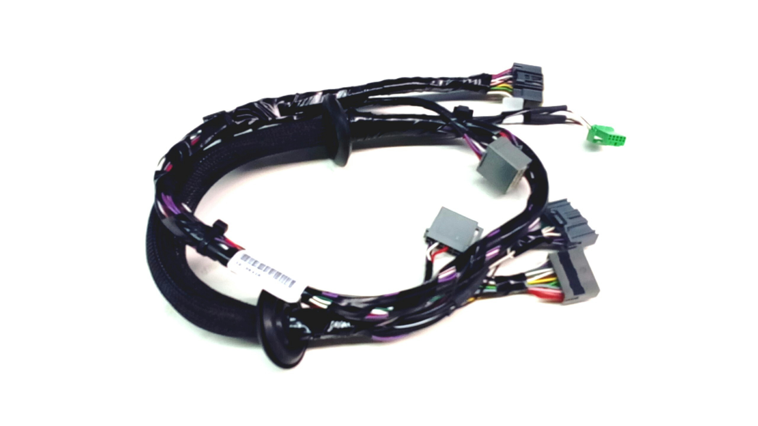 volvo xc90 tech and sound u003e audio accessories volvo genuine rh usparts volvocars com Volvo Wiring Harness Problems Volvo 240 Wiring Harness Routing
